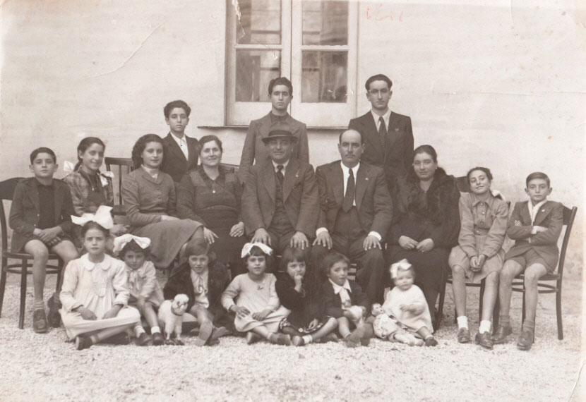 1940 - The families of brothers